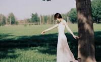 生活不止眼前的苟且,给大家带来一些诗和远方的句子