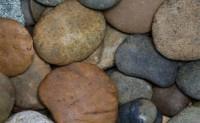 石头的病或八七年-海子诗歌精选