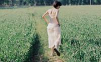 诗和远方是相对于成功者而言,生活底层的人只有苟且