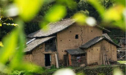 关于描写村庄的现代原创诗歌-诗歌的村庄