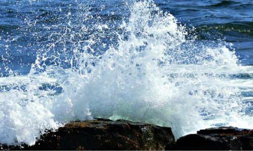 现代诗歌汪洋四杰-长风、巨浪、礁石、水手
