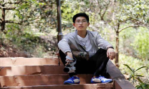 草根诗人-胡安俊