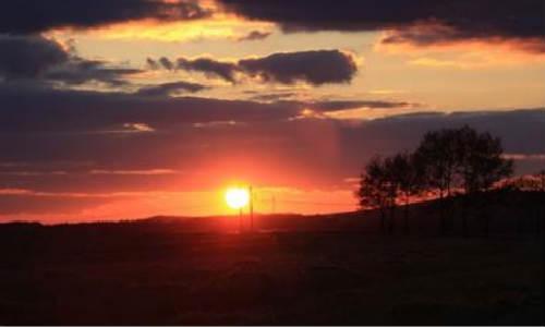 描写日落的诗歌-日落