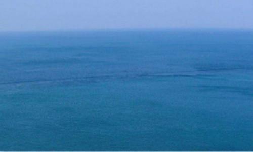 [潘孝群] 诗歌投稿作品两首-致大海、停下脚步